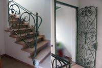 Porta e ringhiera coordinate in ferro battuto