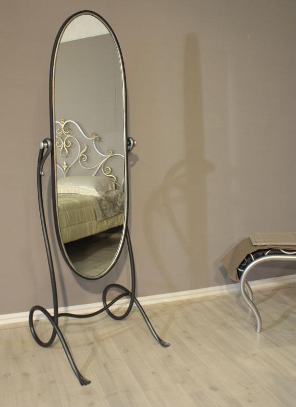 Specchiera da terra in ferro battuto helios for Specchio girevole da terra